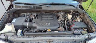 Toyota Tundra 5.7 284kW