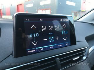Peugeot 5008 Allure BlueHDi 130 AT8 1.5 96kW