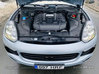 Porsche Cayenne S 4x4 TwinPower Turbo 4.2 V8 283kW