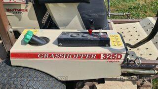 Grasshopper 325D 3 silindriline Kubota 18kW