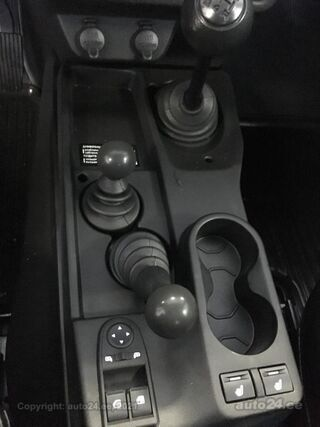 Lada Niva 4x4 Legend 3door Camouflage 1.7 VAZ 21214 61kW