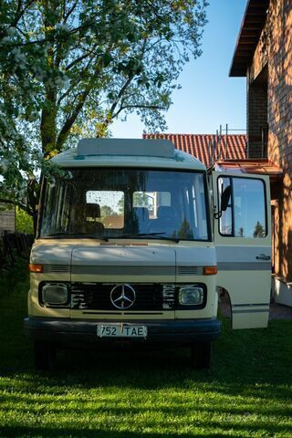 Mercedes-Benz T2