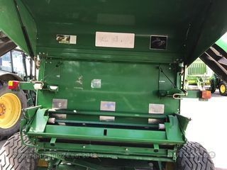 John Deere ruloonpress 864L