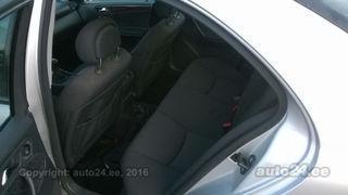 Mercedes-Benz C 240 Elegance 2.6 V6 125kW