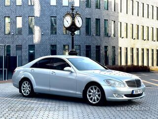 Mercedes-Benz S 320 3.2