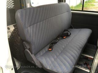 Nissan Vanette Cargo / Inva-tōstukiga 2.3 D