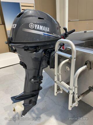 Buster XS Yamaha F20