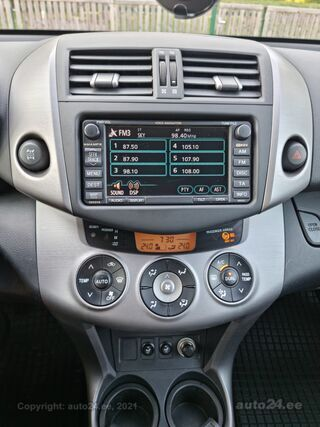 Toyota RAV4 Luxury 2.2 100kW
