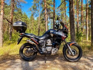 Honda Transalp 700 V2 44kW