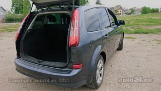 Ford C-MAX Titanium 1.8 85kW
