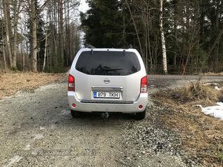 Nissan Pathfinder 2.5 126kW