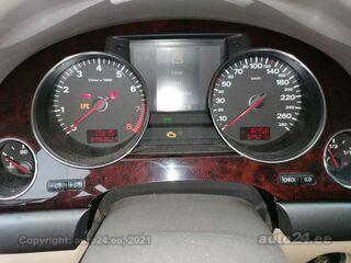 Audi A8 4.2 246kW