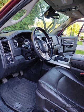 Dodge RAM 1500 Laramie 3.0 V6 180kW