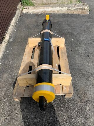 Feldbinder 43m3 Hüdrosilindrid