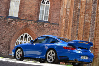 Porsche 911 Carrera 4S 3.6 Turbo 372kW