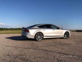 Audi A7 S-line 3.0 V6 180kW