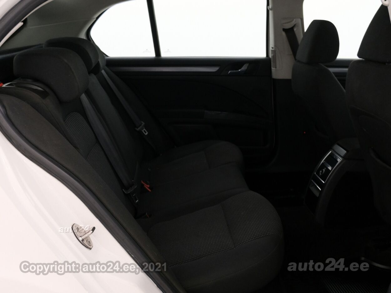 Skoda Superb Comfortline 1.8 118 kW - Photo 7