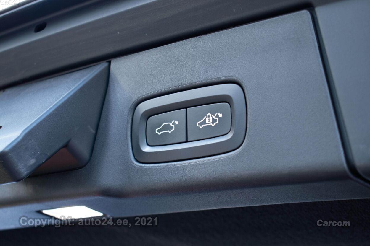 Volvo V90 Cross Country AWD Intelli Safe PRO Winter PRO 2.0 D5  173 kW