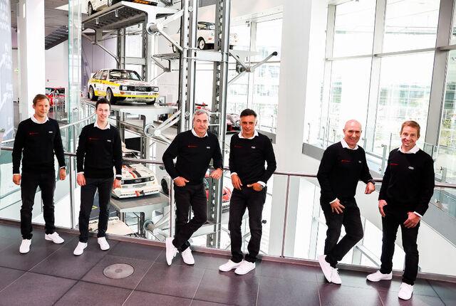 Mattias Ekström, Emil Bergkvist, Carlos Sainz, Lucas Cruz, Stéphane Peterhansel, Edouard Boulanger. Foto: Audi Communications Motorsport / Michael Kunkel