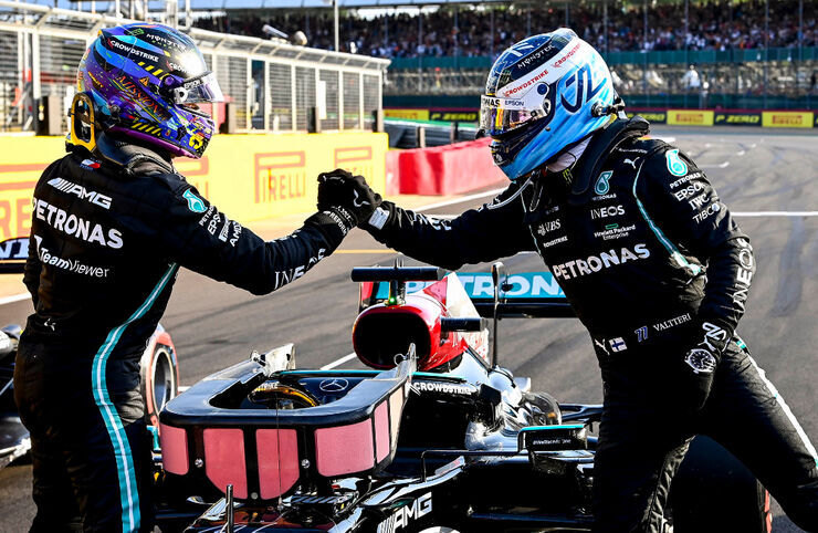 Lewis Hamilton ja Valtteri Bottase. Foto: LAT / Mercedes