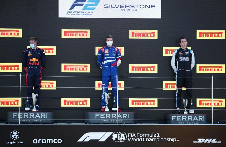 Jüri Vips, Robert Shwartzman ja Christian Lundgaard. Foto: Formula Motorsport Limited