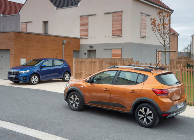 Dacia Sandero ja Dacia Sandero Stepway. Foto: Groupe Renault